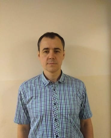 Пахольчук Роман