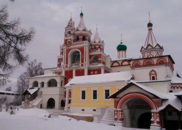 В воскресение, 17 февраля, состоялась поездка нашего молодежного клуба в Саввино-Сторожевский мужской монастырь г. Звенигорода