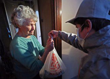При нашем храме создана волонтерская служба помощи людям в период самоизоляции