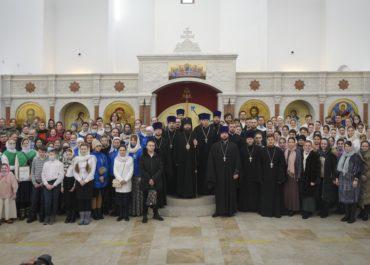 17 января 2021 года в храме Покрова Пресвятой Богородицы на Люберецкий полях состоялась Божественная литургия, на которую собрались участники приходских молодежных объединений г. Москвы.